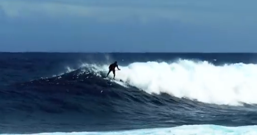 Surfing-Pohoiki-